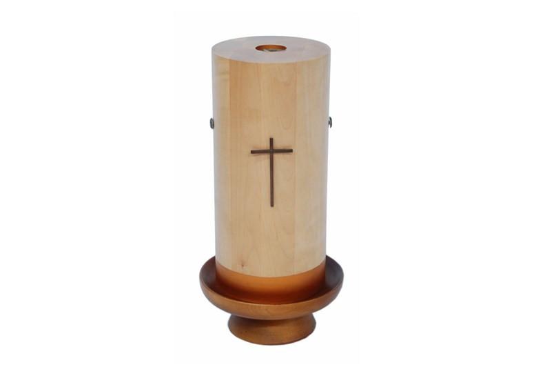 Urna drewniana, lakierowanie
